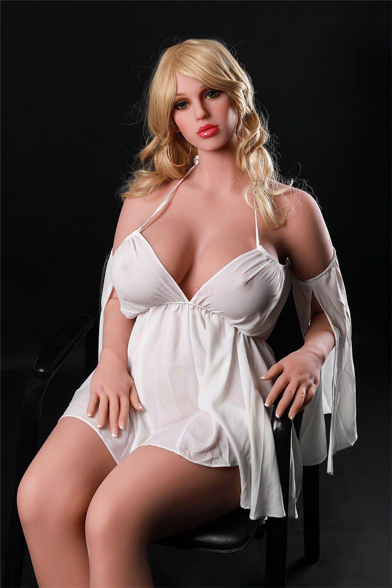 Trisha (41 Jahre)