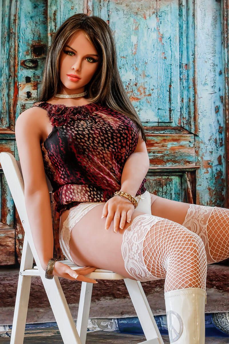 Lucia (27 Jahre)