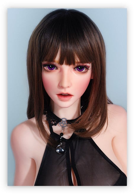 Anime-Sexpuppe-süßes-Gesicht