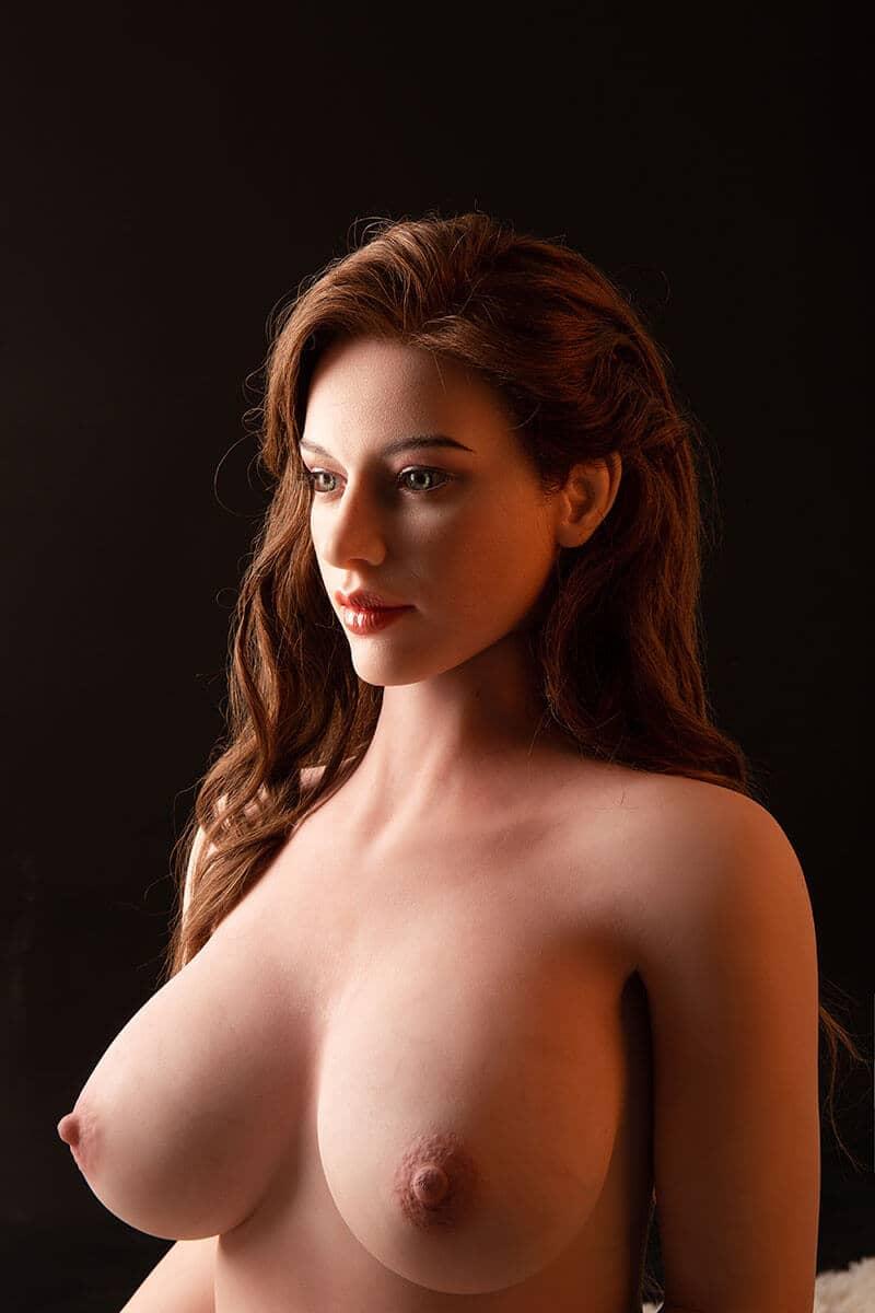 Amy (24 Jahre)