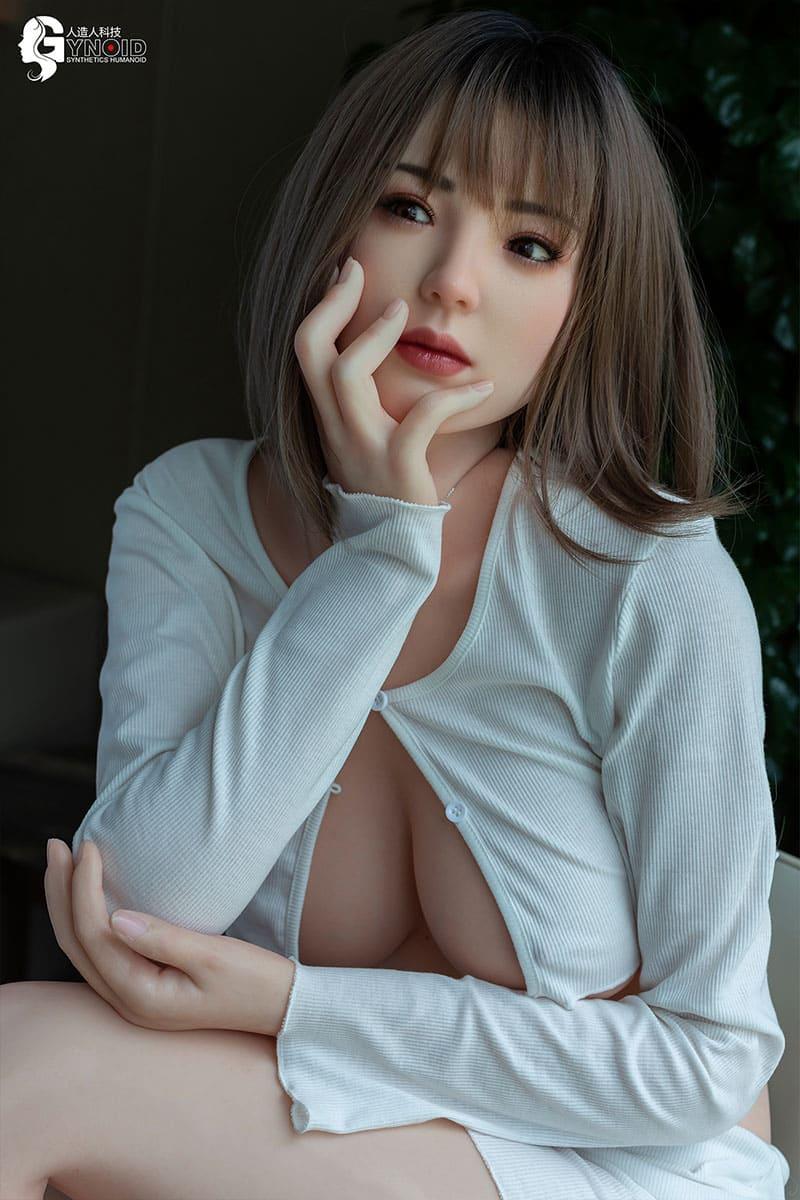 Wanying (19 Jahre)