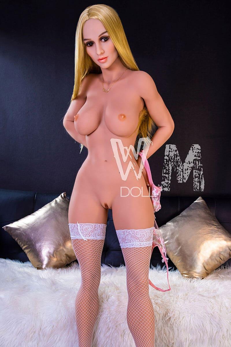 Polina (37 Jahre)